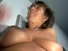 Large tit granny solo tube porn video