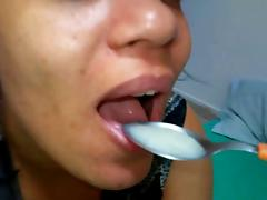 Spoonful to mouthful! tube porn video