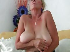 Busty granny needs to get off in pantyhose tube porn video