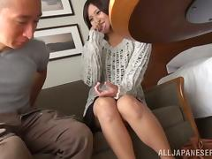 Fingering a Japanese Girl's Pussy Before She Handjobs tube porn video