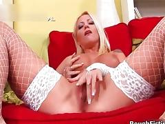 Sexy blonde slut gets horny showing off tube porn video