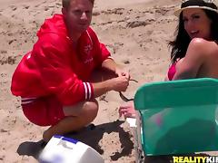 MILF with Big Tits Kendra Lust Picked Up at the Beach for Hardcore Sex tube porn video