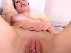 Gyno dildos in her deep vagina cunt tube porn video