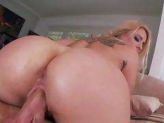 Blonde Cameron Canada being fucked in her juicy ass tube porn video