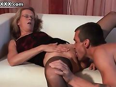 Horny mature  in sexy stockings gets tube porn video
