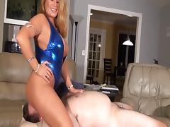Step-mom facesits cuck in bathsuit tube porn video