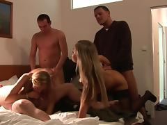 Loveliness comme �a Tanja swallows sperm apropos eradicate affect Mincing go to the little boys' tube porn video