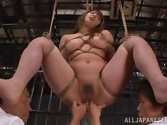 Tied not far from Shiori Kamisaki gets threesomed in a prison apartment tube porn video