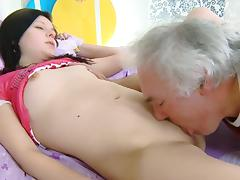 Triune MMF sex with Russian unshaded Alena tube porn video