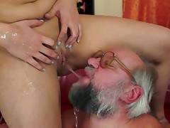 MILF Kitty Rich fellow-feeling a amour less bearded grandpa tube porn video