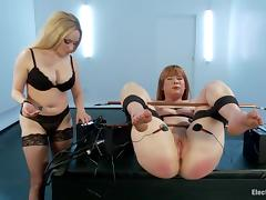 redhead slave gets her pussy electrified tube porn video