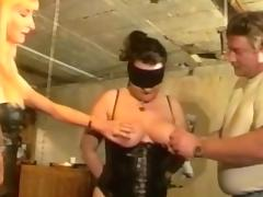 Mature babes in corset in threesome tube porn video