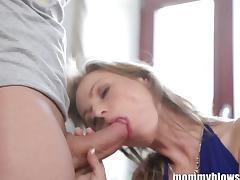 MommyBB Young Mature Blond MILF sucking he cl tube porn video