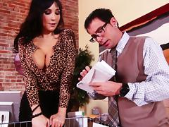 Astounding Diana Prince Gives A Naughty Blowjob To The Mail Man tube porn video
