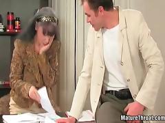 Hot mature slut office break tube porn video