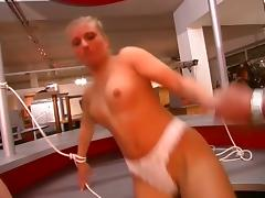 Blonde prisonner tube porn video