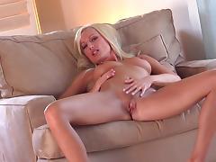 MILF Diana Doll fucks her lovely puss tube porn video