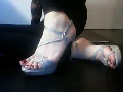 Un peu de my feet tube porn video