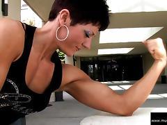 Allison Moyer Black Top Flexing Biceps tube porn video