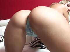 Assy blonde Brianna Love is fucking hard tube porn video