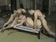 Partouze en Rome antique tube porn video