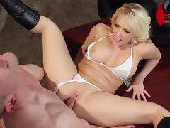 Blonde Kagney Linn Karter is getting cum tube porn video