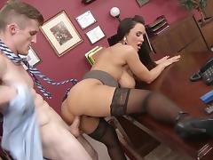 Smashing office fuck with busty Lisa Ann tube porn video