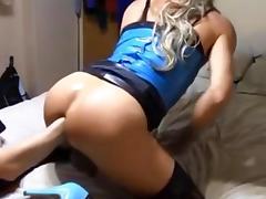 UNE MAIN DANS LE CUL TS 2 tube porn video