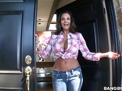 Ava Addams allows a dude to poke a cucumber in her ass and fuck it tube porn video